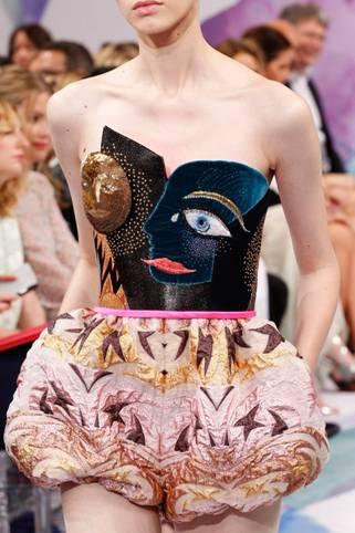 Schiaparelli обрел статус Дома Высокой Моды