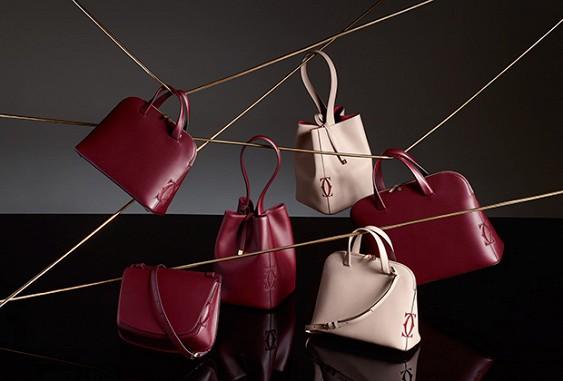 Cartier выпустил коллекцию женских сумочек в стиле 70-х годов