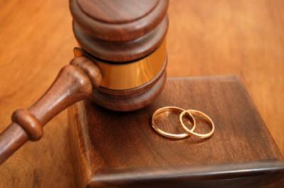 Французское государство заплатит за слишком поздний развод