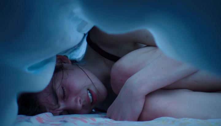 Французский фильм о феминистке-каннибале доводит зрителей до обморочного состояния